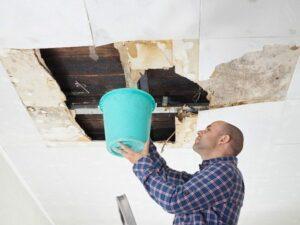 pluie abondante conseils pratique pour pr venir les infiltrations d 39 eau par le toit toiture. Black Bedroom Furniture Sets. Home Design Ideas
